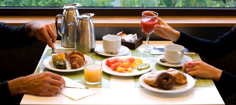 Expo Hotel Barcelona Enjoy Quality Food And Drinks In Our Bar And